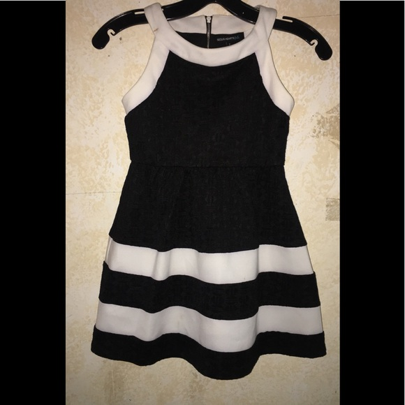 Sequin Hearts Other - Young girl party dress